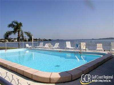 $1,400 per month- 2 bedroom Bay View Terrace Condo, Bradenton Beach