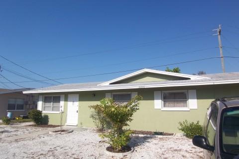 $1250 per month 2 bedroom Duplex in Holmes Beach