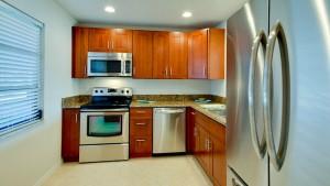 9403 Kitchen BRE